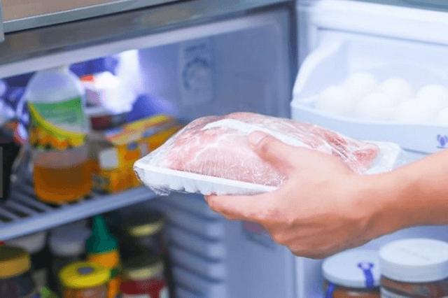Bí kíp hâm nóng nhanh thức ăn trong lò vi sóng