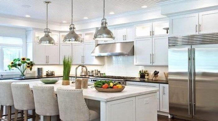 Không gian nhà bếp đẹp với mẹo sắp xếp nhà bếp gọn gàng sạch sẽ, chọn kệ bếp hiện đại