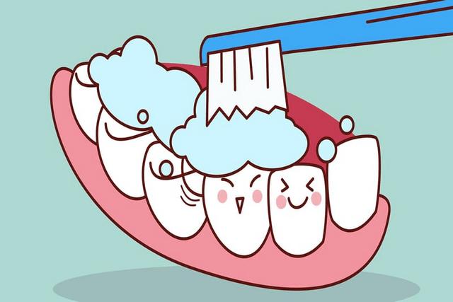 Cách làm trắng răng tại nhà bằng than hoạt tính