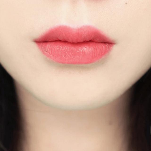 Đôi môi của bạn có thể bị loang màu